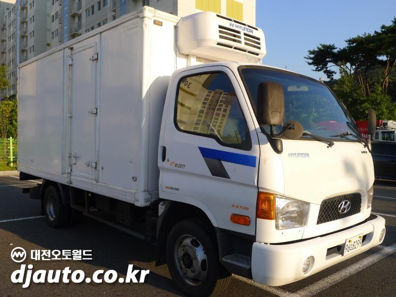 현대 e-마이티 2.5톤 냉동탑차